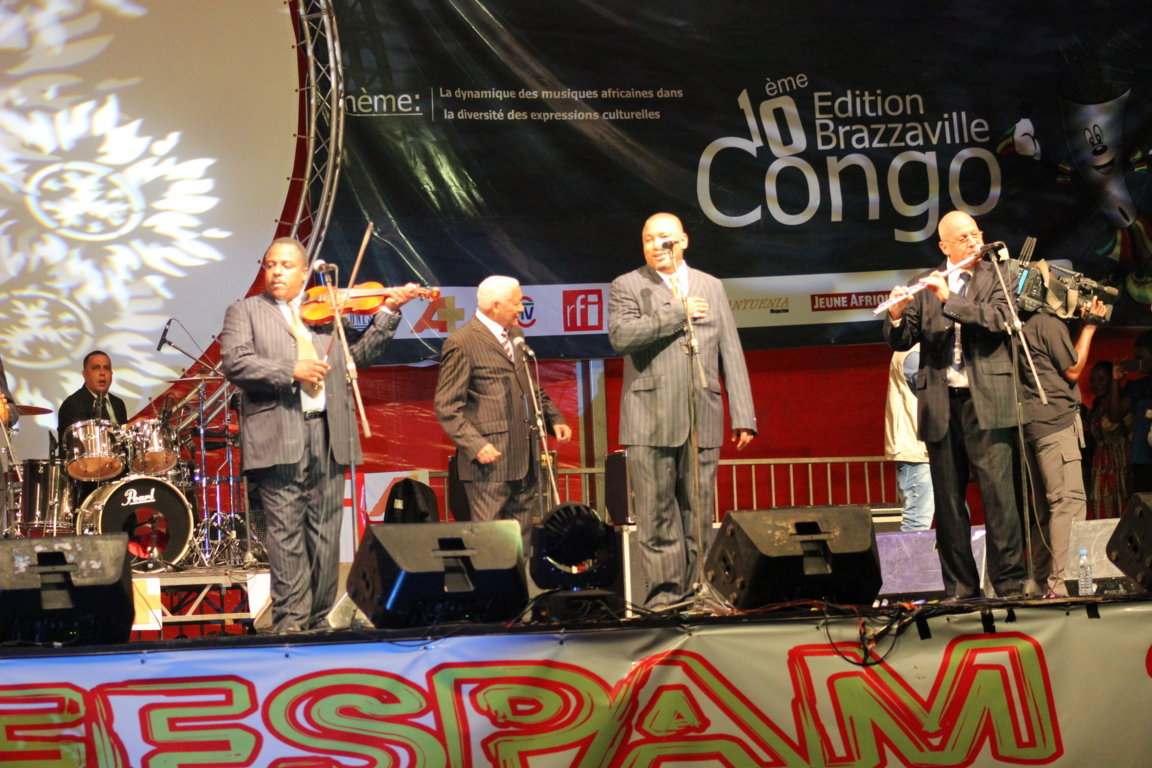 Orquesta Aragón With Guest Star : Manu Dibango